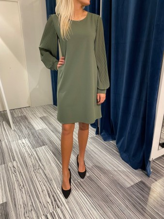 TULLA DRESS GREEN